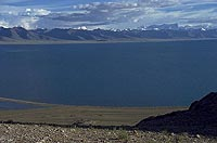 Nyinqentanglha Shan from the Namtso Lake (2000)